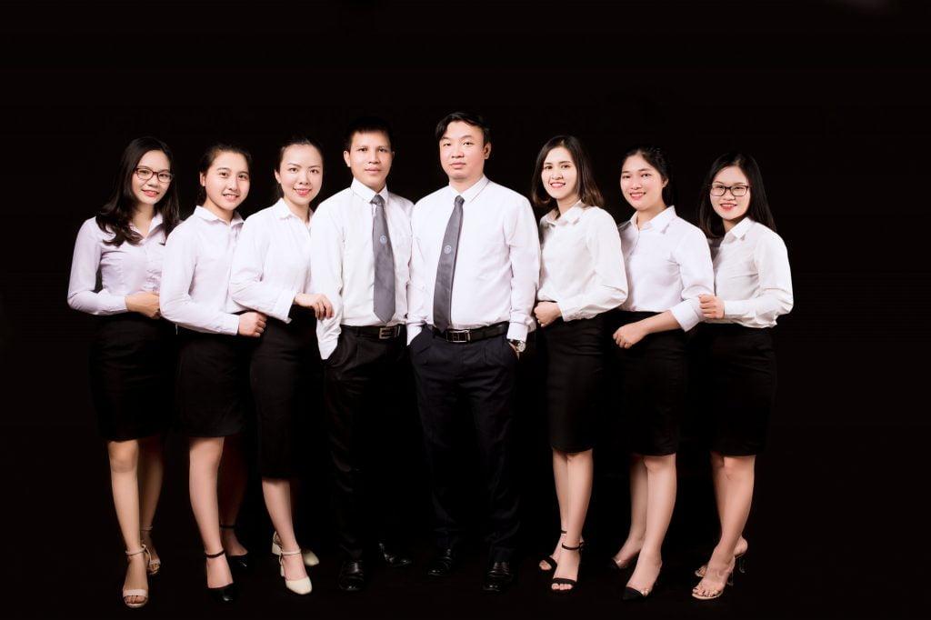 Thành viên và cộng sự | Pháp luật Doanh nghiệp