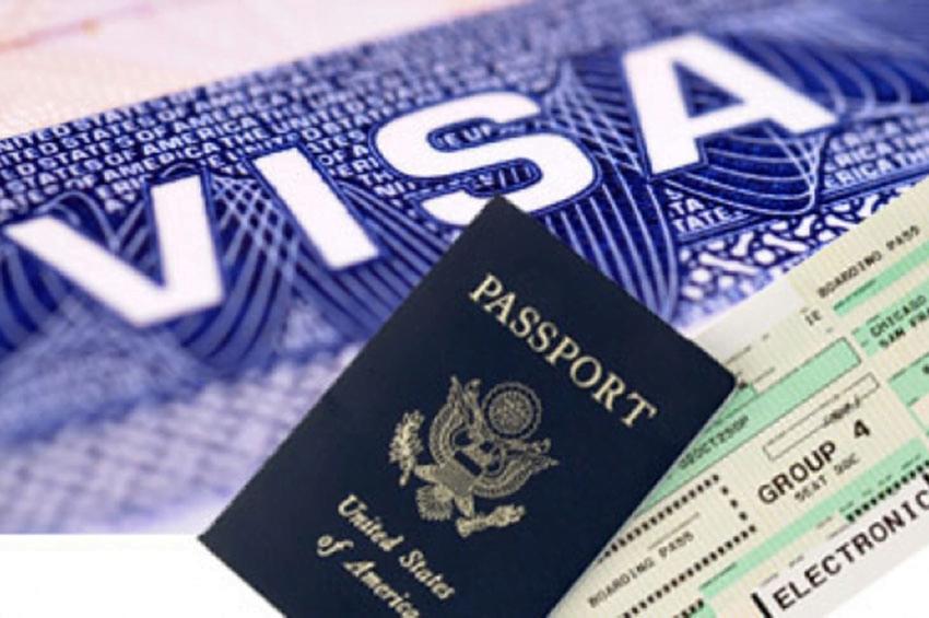 Thủ tục xin cấp Visa/ Thẻ tạm trú cho người nước ngoài | Pháp luật Doanh nghiệp